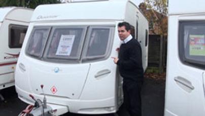 Watch Caravan Finder TV Series 3 Episode 24